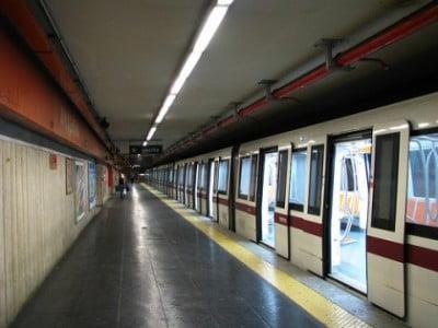 Metro en Roma