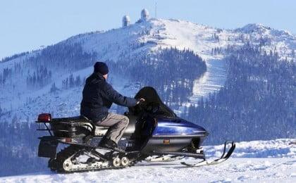 Motos de nieve en Formigal