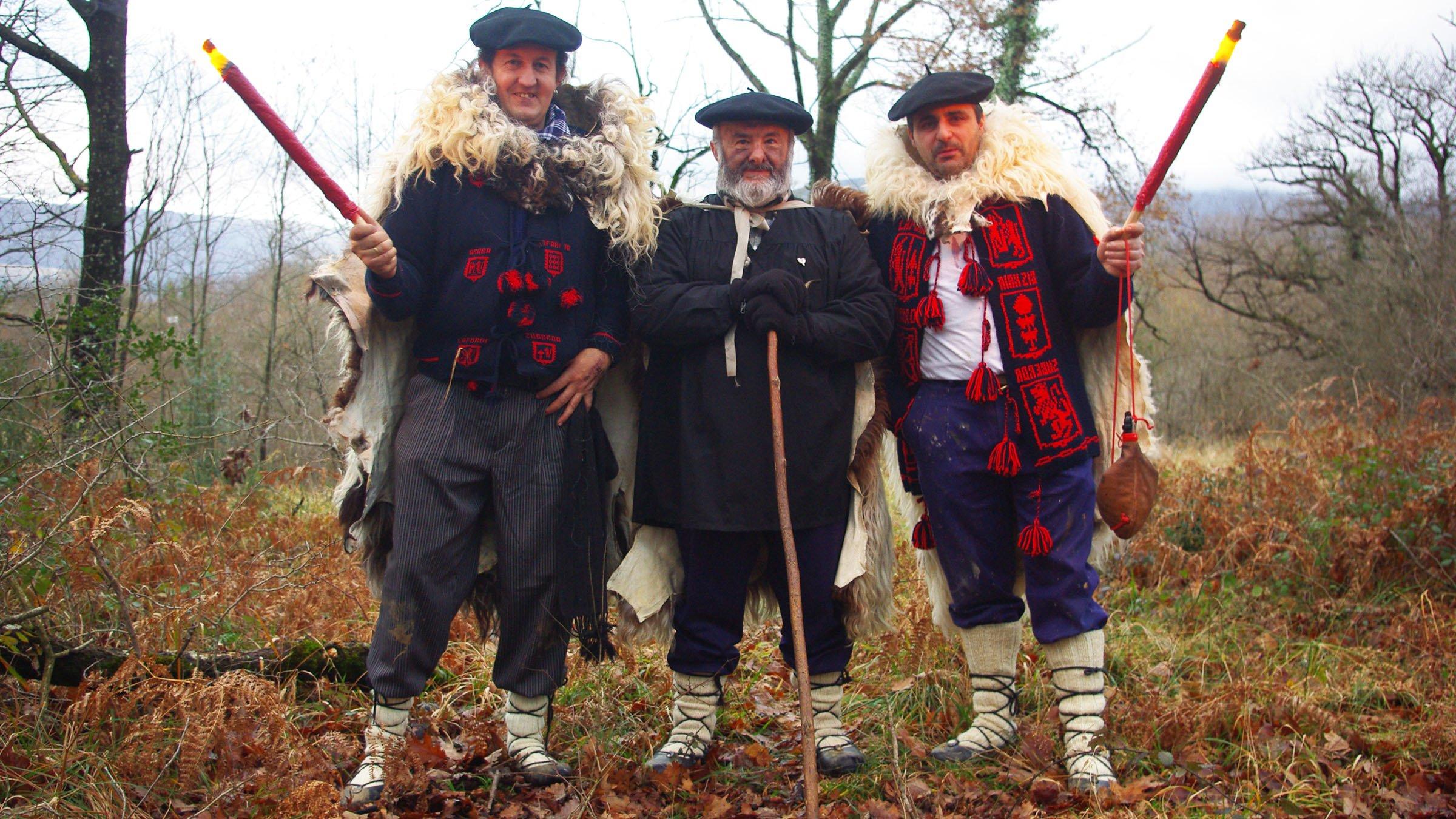 Olentzero el pap noel vasco con sus dos pajes - Costumbres navidenas en alemania ...