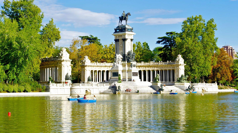 Es una de las ciudades m s importantes de la cultura 3 for Ciudades mas turisticas de espana