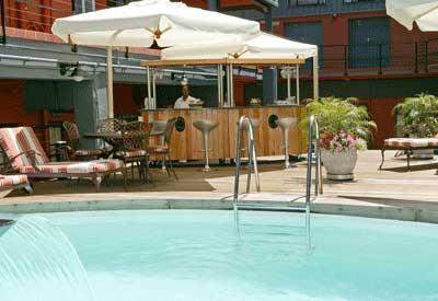 Piscina del Cape Town Lodge Hotel
