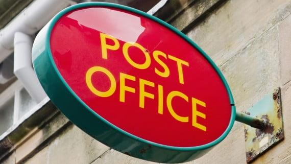 Cartel de Post Office en el Reino Unido