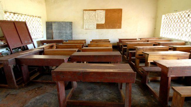 Precariedad de los edificios escolares en África