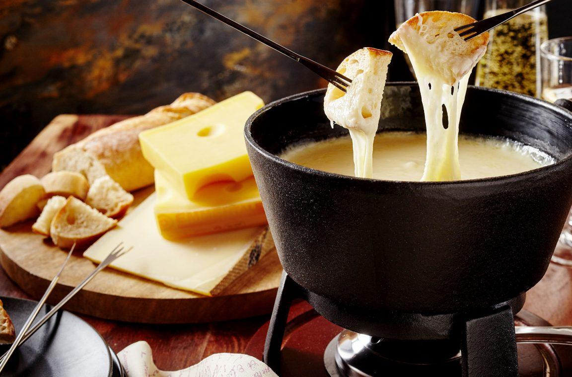 Comida t pica de francia la fondue de queso for Gastronomia de paris francia