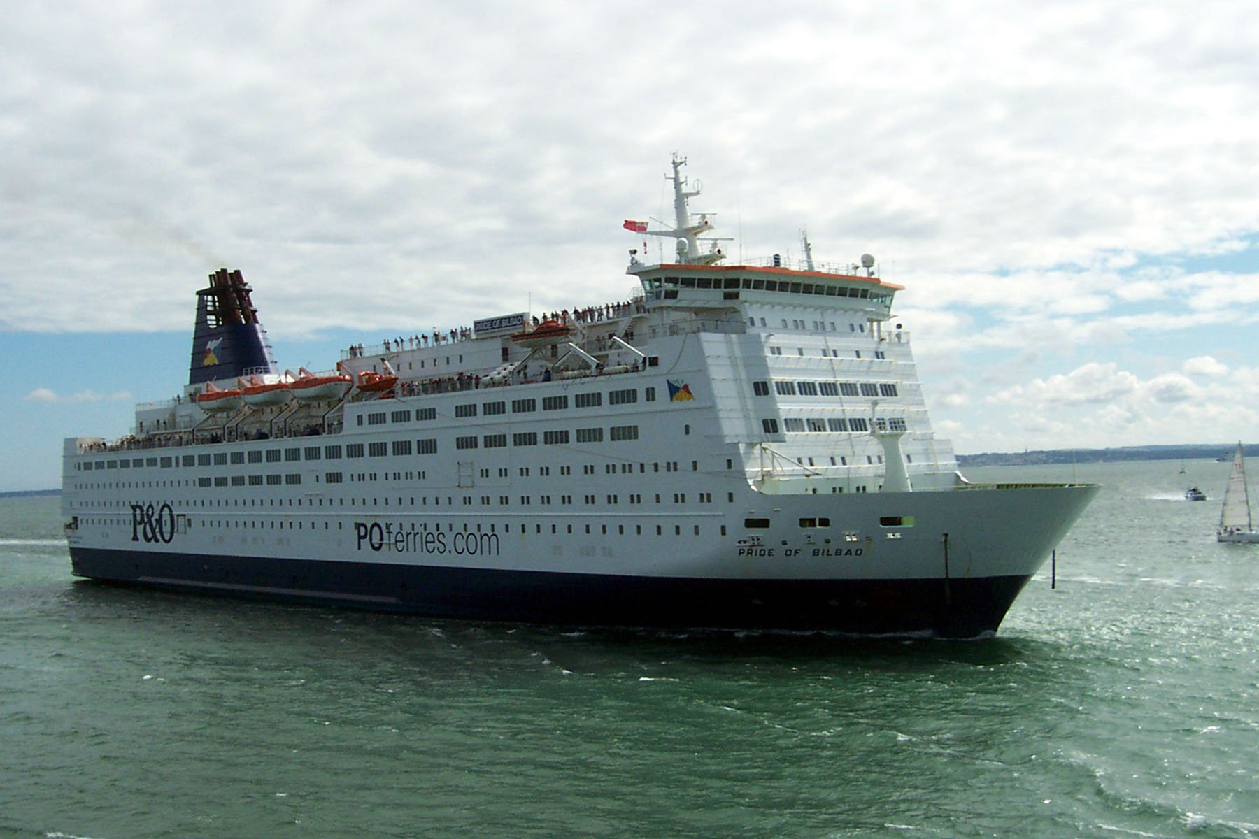 Ferry desde bilbao for Jet cars rotterdam opgelicht