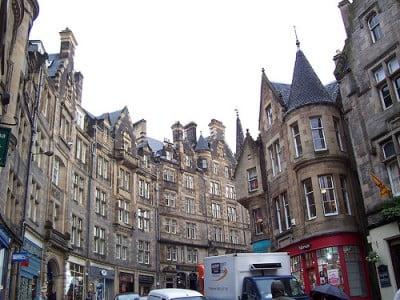 Principal Calle Edimburgo Moderno