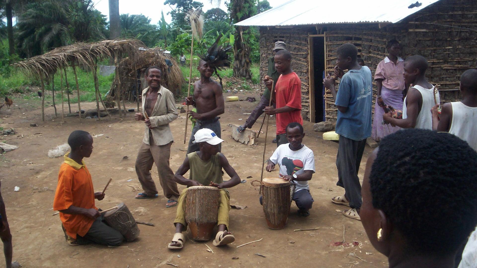 Pueblo Twa o Batwa, Comunidad Pigmea, África