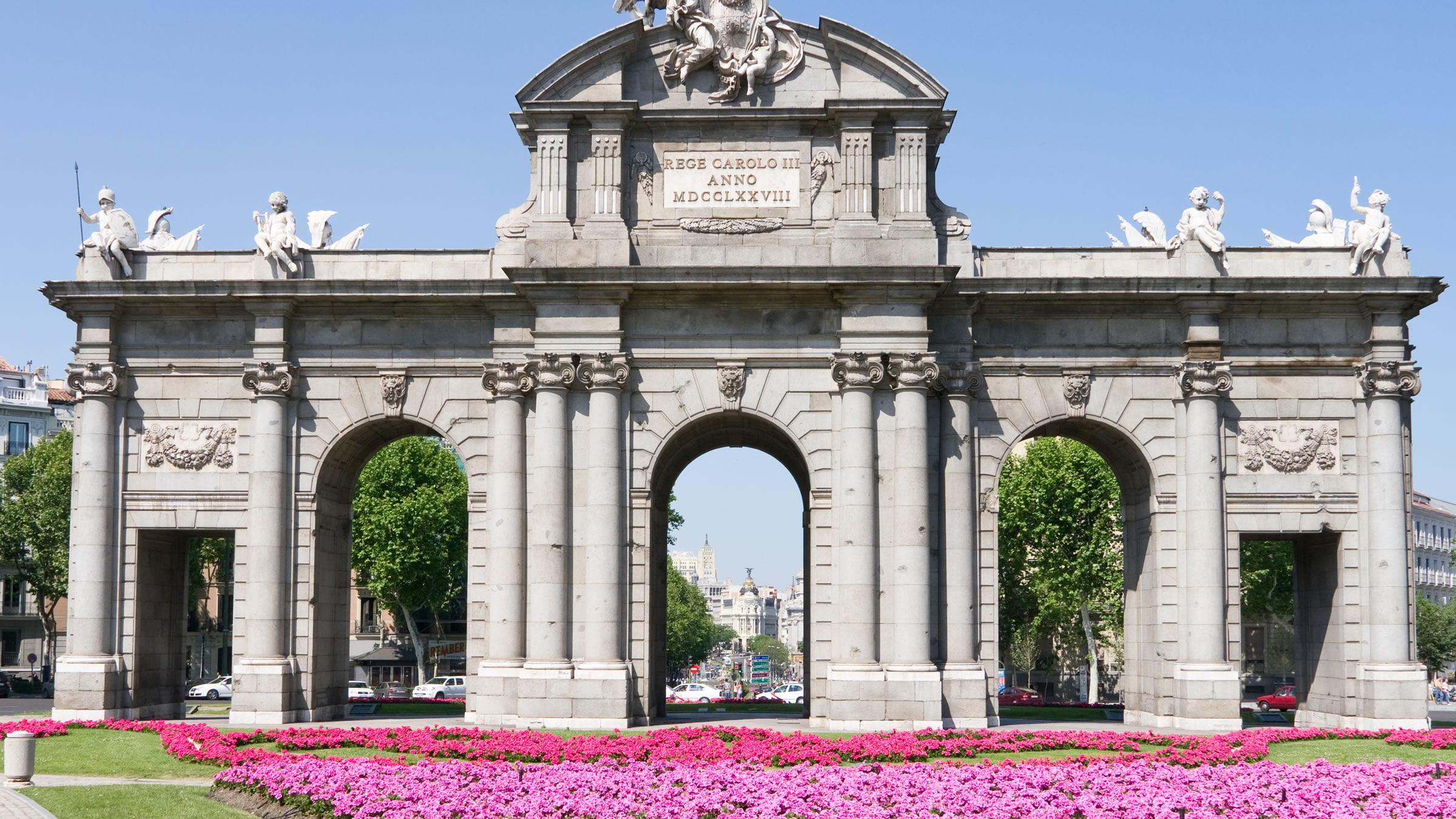 Puerta De Alcal Madrid