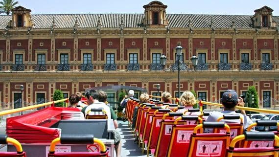 Xira por Sevilla co autobús turístico