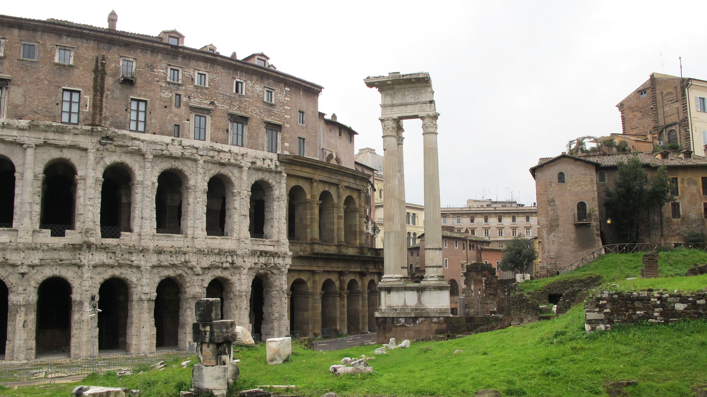 Roma Curiosity Places Free