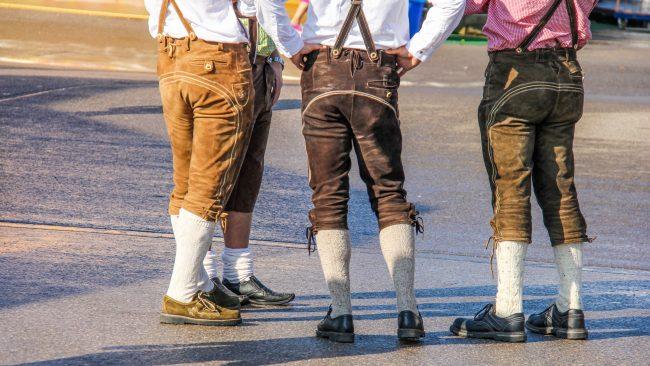 Lederhosen: la pieza básica del traje tradicional alemán