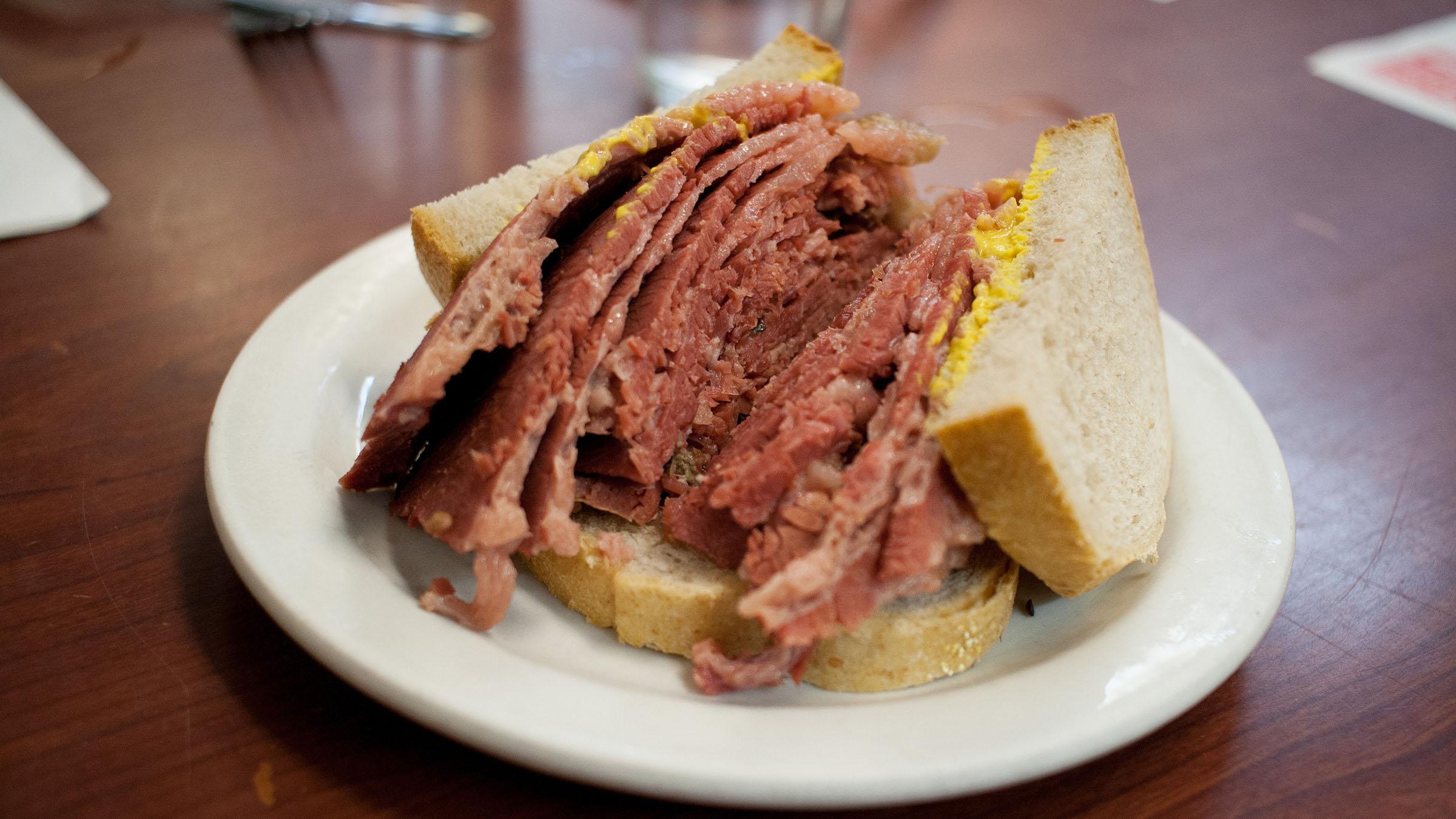 Sandwich de boeuf fume de Canada