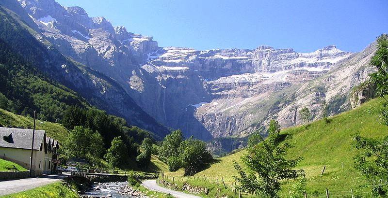 Volcanes en los pirineos - Casa en el pirineo ...