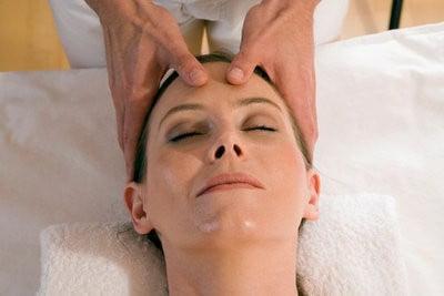 Spa en Bilbao masaje facial