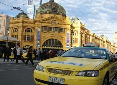 Taxi amarillo