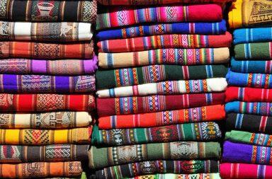 El aguayo: la tela tradicional de la Región Andina
