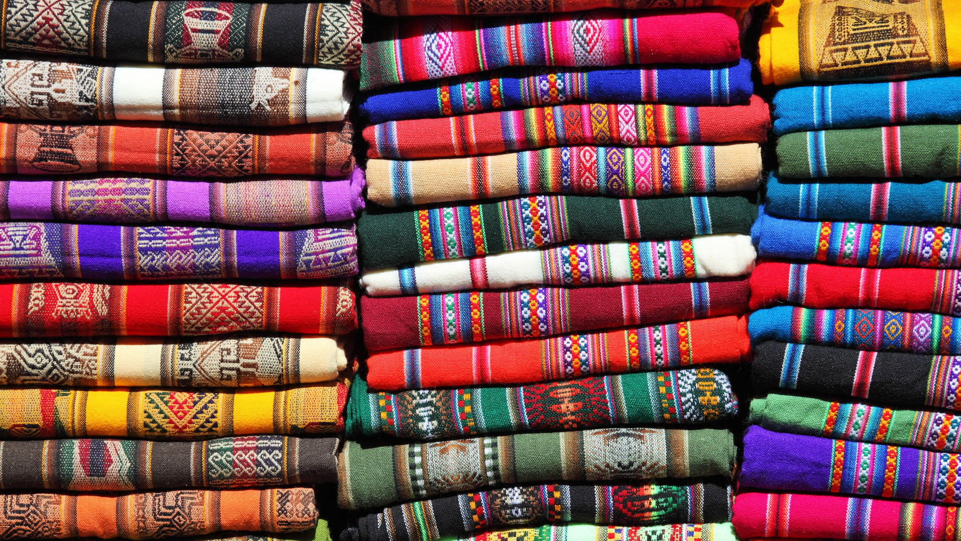 Trajes típicos de la Región Andina 260696a56f7