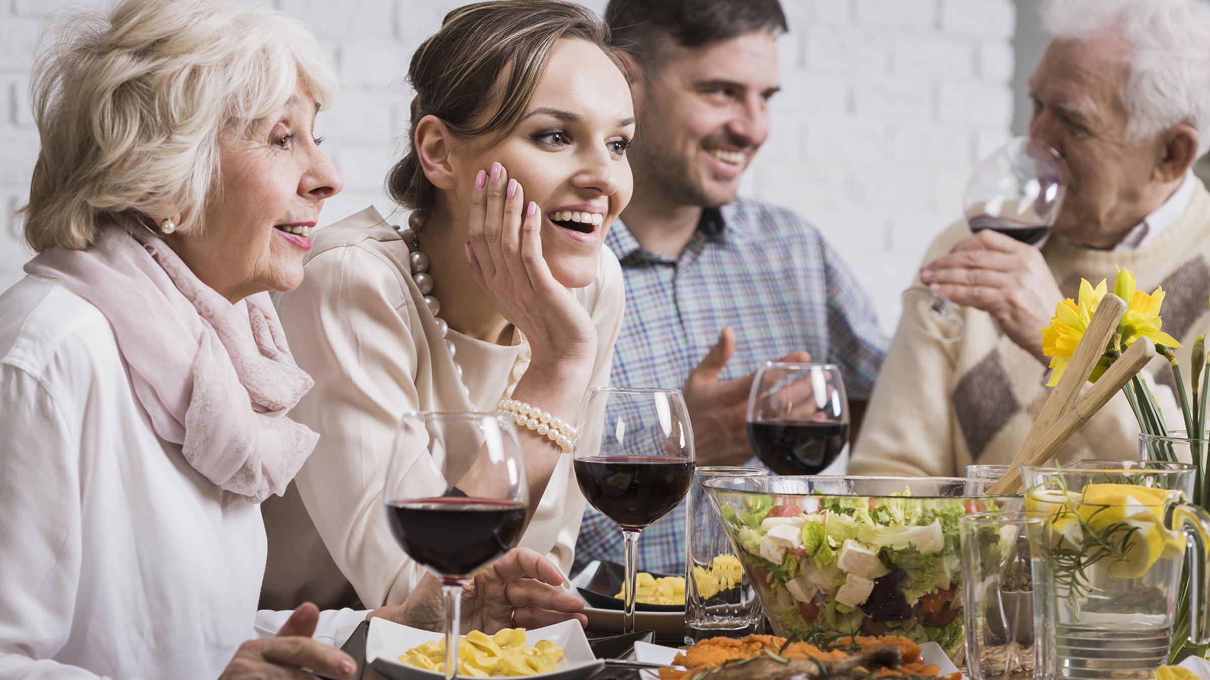 Tradiciones Griegas fiesta en casa