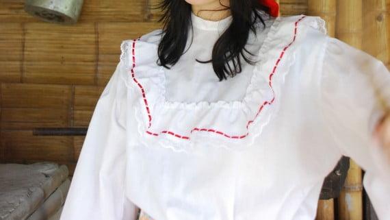Traje de chapolera colombiana