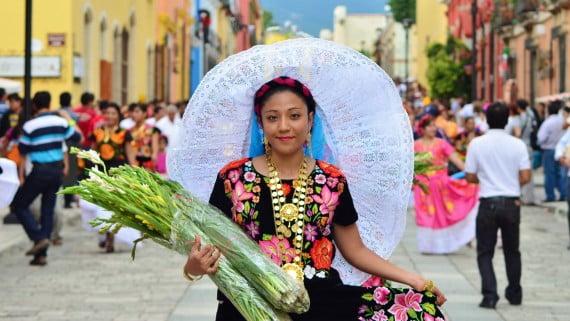 Oaxacako mozorro tipikoa