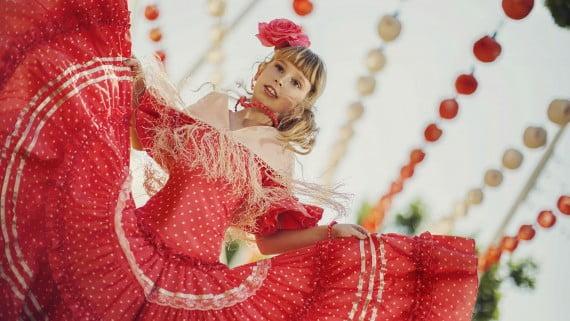 Traxes típicos durante a Feira de Abril de Sevilla