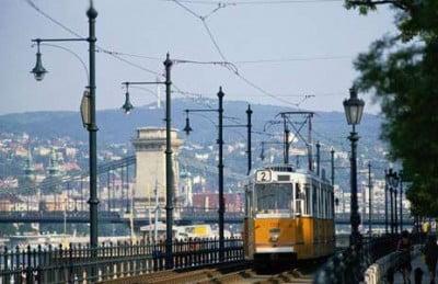 Tren en Budapest