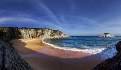 Turismo en Playa de Covachos