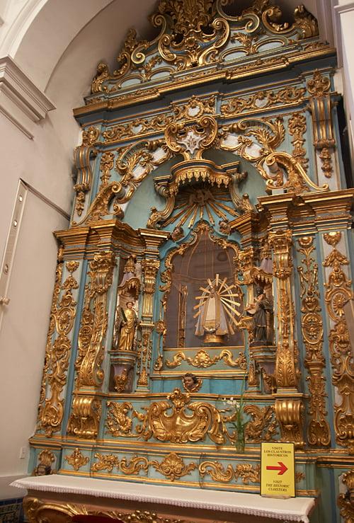 Viajar a Buenos - Aires Altar de la Virgen de Lujan