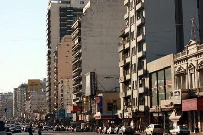 Viajar a Buenos Aires - Avenida Cabildo Barrio Belgrano