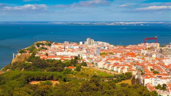 Vista aérea de Almada, Portugal