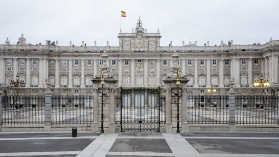 Vista frontal del Palacio Real de Madrid