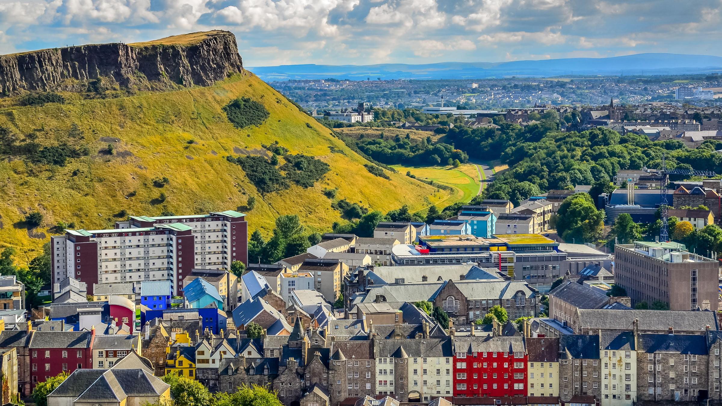 Vistas de Edimburgo y Arthur's Seat