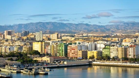 Vistas de Las Palmas desde el Mirador Cittá di Martinsicuro