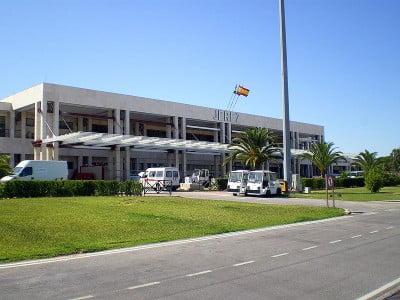 Catamarán al puerto Cádiz