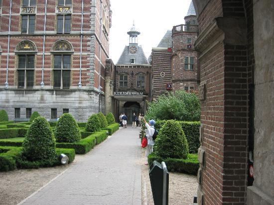 amsterdam-museo-nacional-rijk