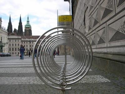 Aparcamiento de bicicleta en Praga
