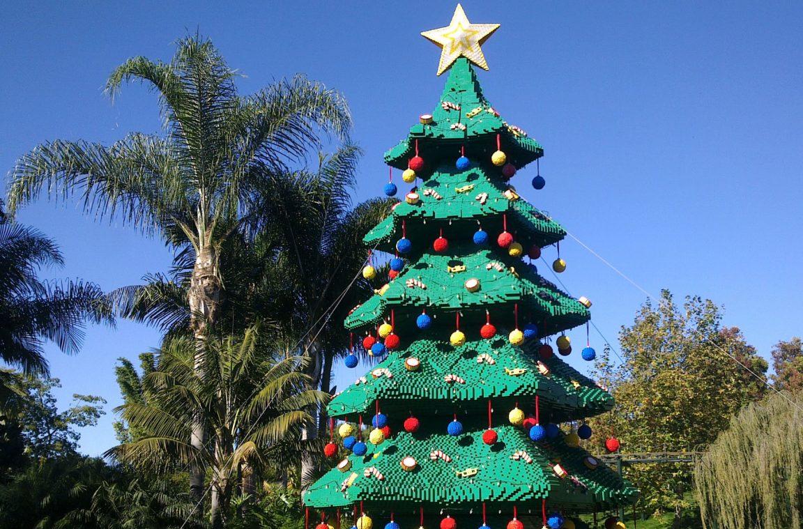 Arbol de navidad fabricado con piezas de lego - Arbol tipico de navidad ...