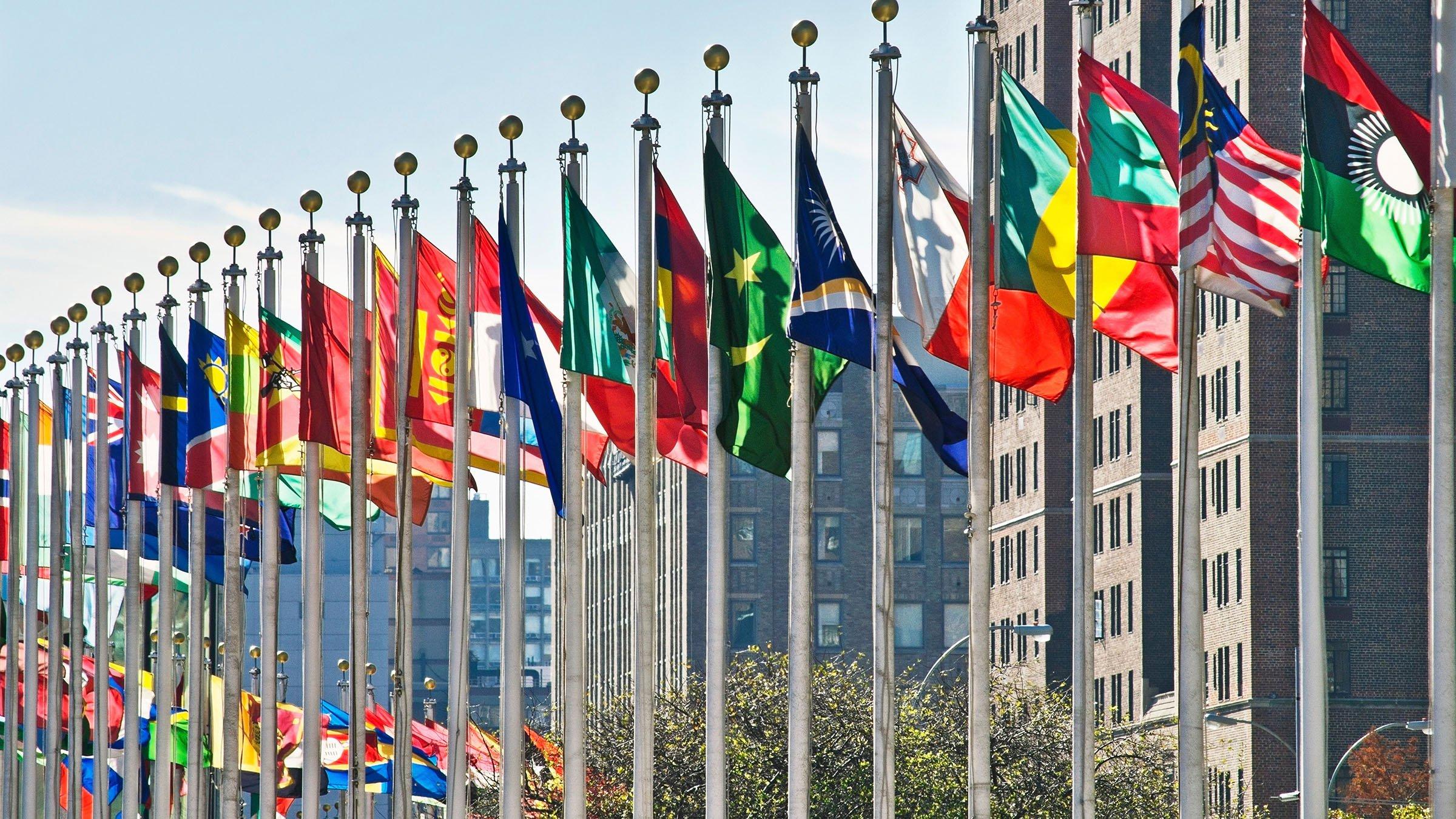 Banderas de países que contienen estrellas