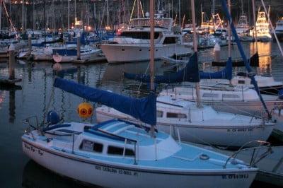 Barco en el puerto de Menorca
