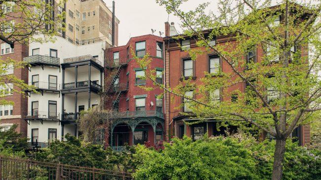 Calle residencial de Brooklyn, Nueva York