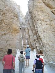 Camino a la Tumba de Tutmosis, Valle de los Reyes, Egipto