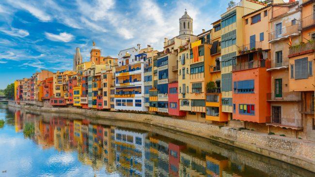 Casas del Onyar en Girona, Cataluña