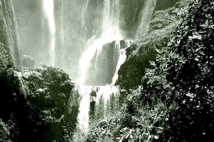 cascadas-de-ozoud-en-las-montanas-del-atlas-de-marruecos