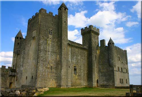 Castillos Alrededor del Mundo
