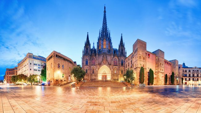 Catedral de Barcelona de noche