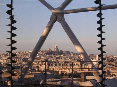 centro de París con vista hacia Montmartre