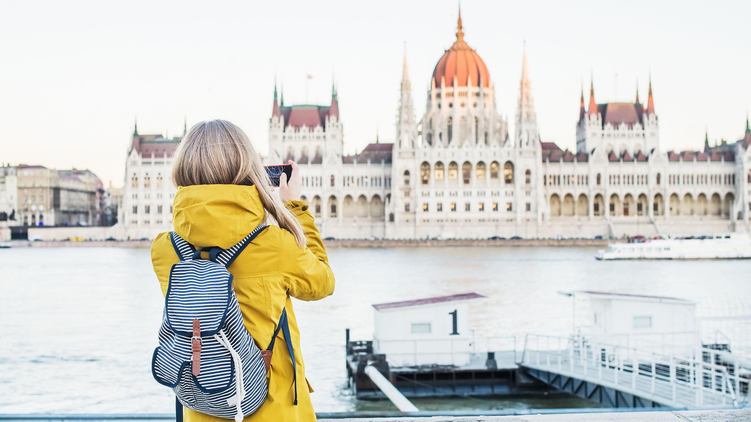 Centros de informaci n para turistas en budapest for Oficina turismo roma