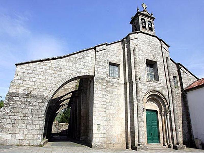 Colegiata Santa María de Sar