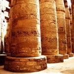 Columnas en la Sala Hipostilla, Templo de Karnak, Egipto