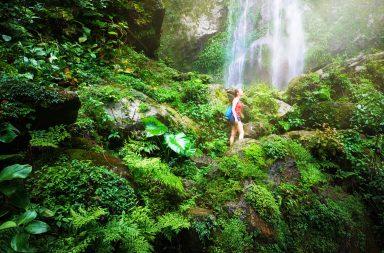 Cómo influye el ecoturismo en el medio ambiente